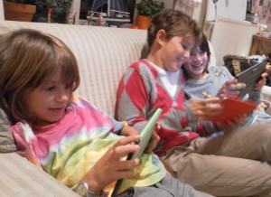 children with tablets