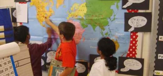 Kids using a Speak Map