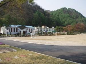 Dayle in Korea